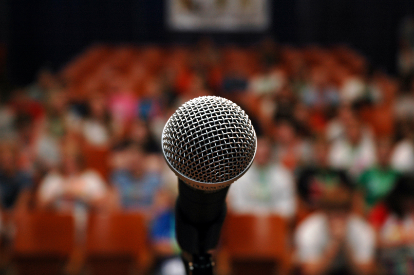 public-speaking-microphone-crowd_3914858504_db0da307cd_o_flickr_JohnDiew0107